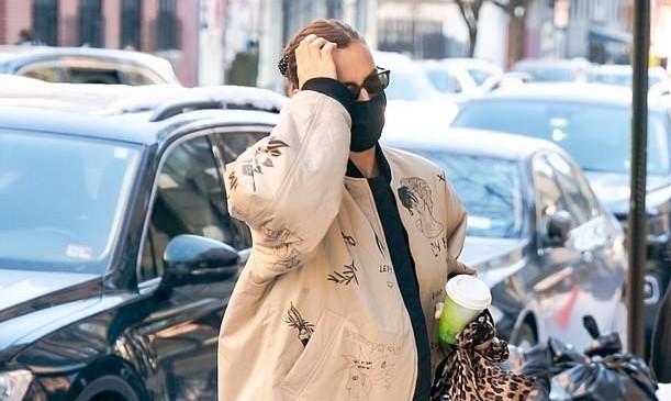 ირინა შეიკი ნიუ-იორკის ქუჩებში გამოჩნდა!