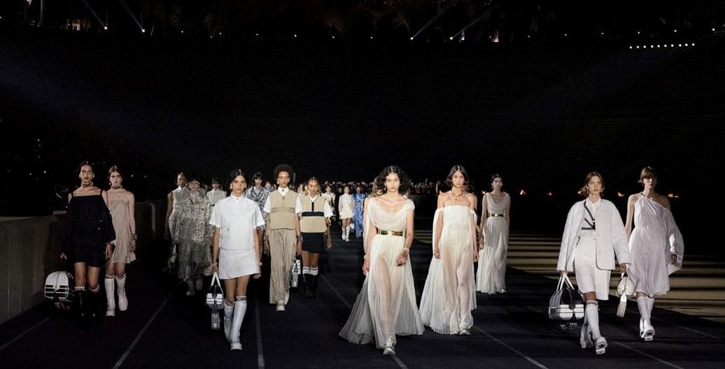 Dior-მა ათენში ახალი კოლექცია წარმოადგინა